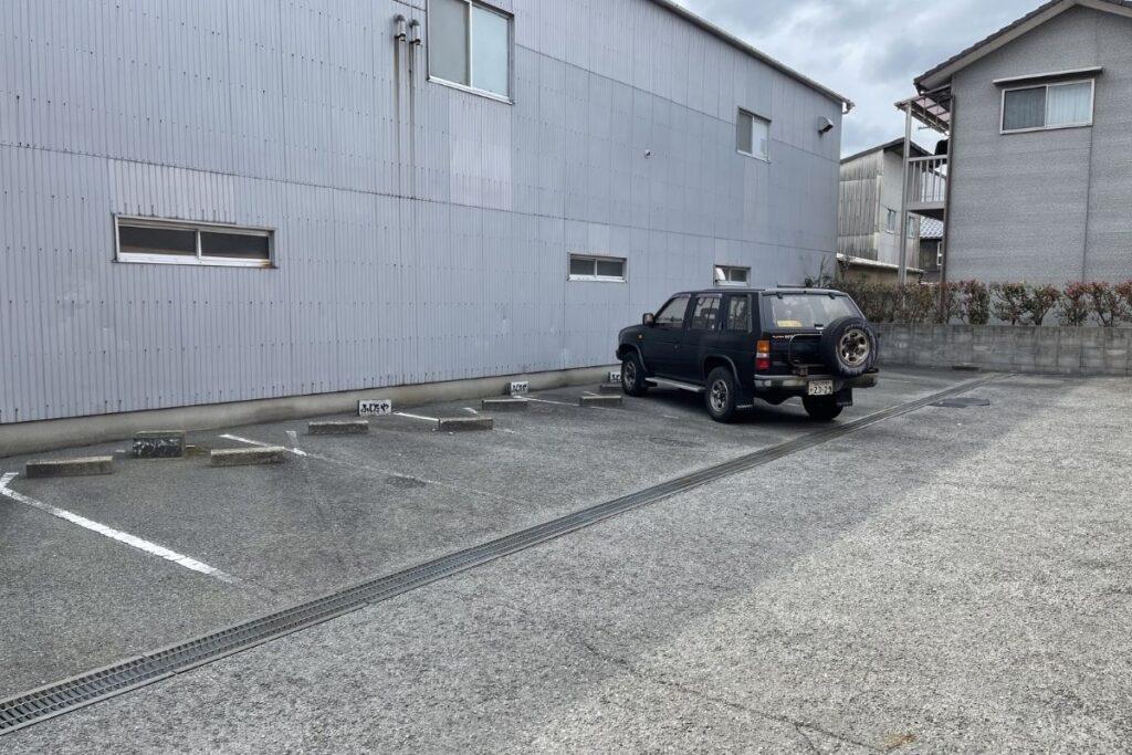 ふじたや 駐車場