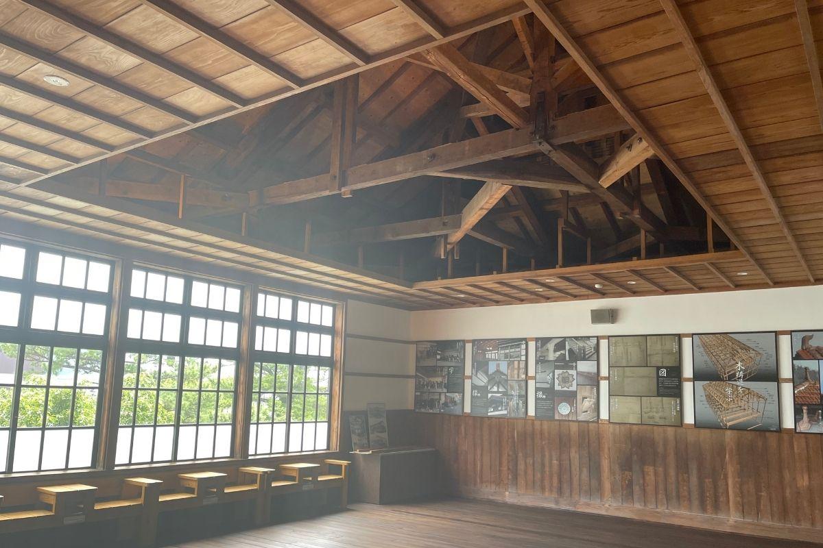 天井裏見学室
