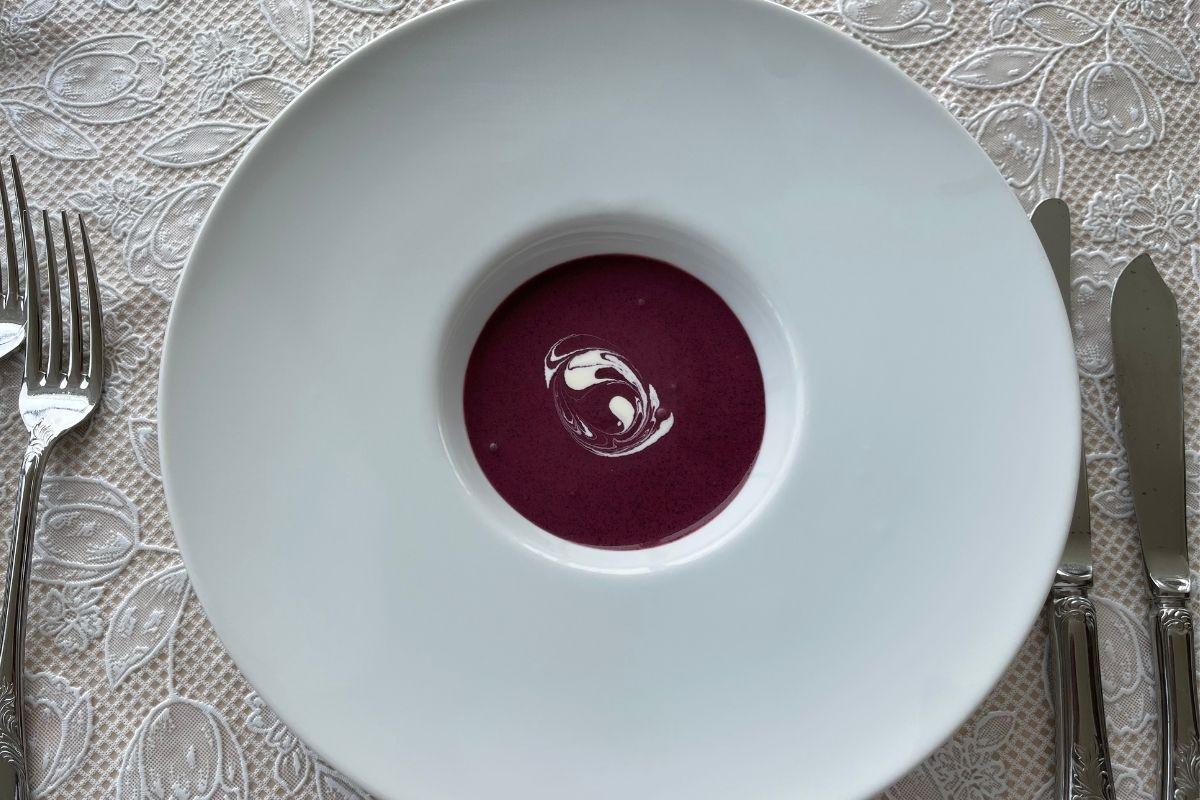 ブルーベリーの冷製スープ