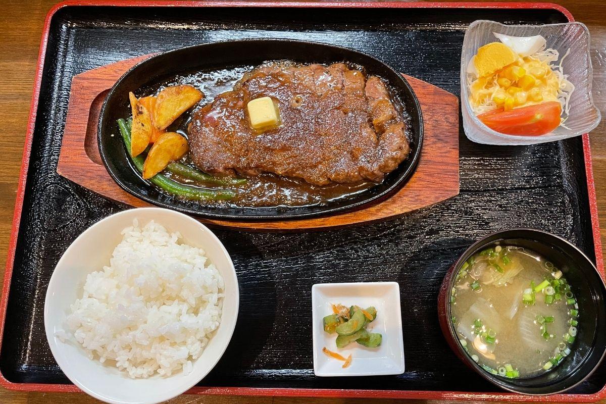 ステーキ定食(1480円)