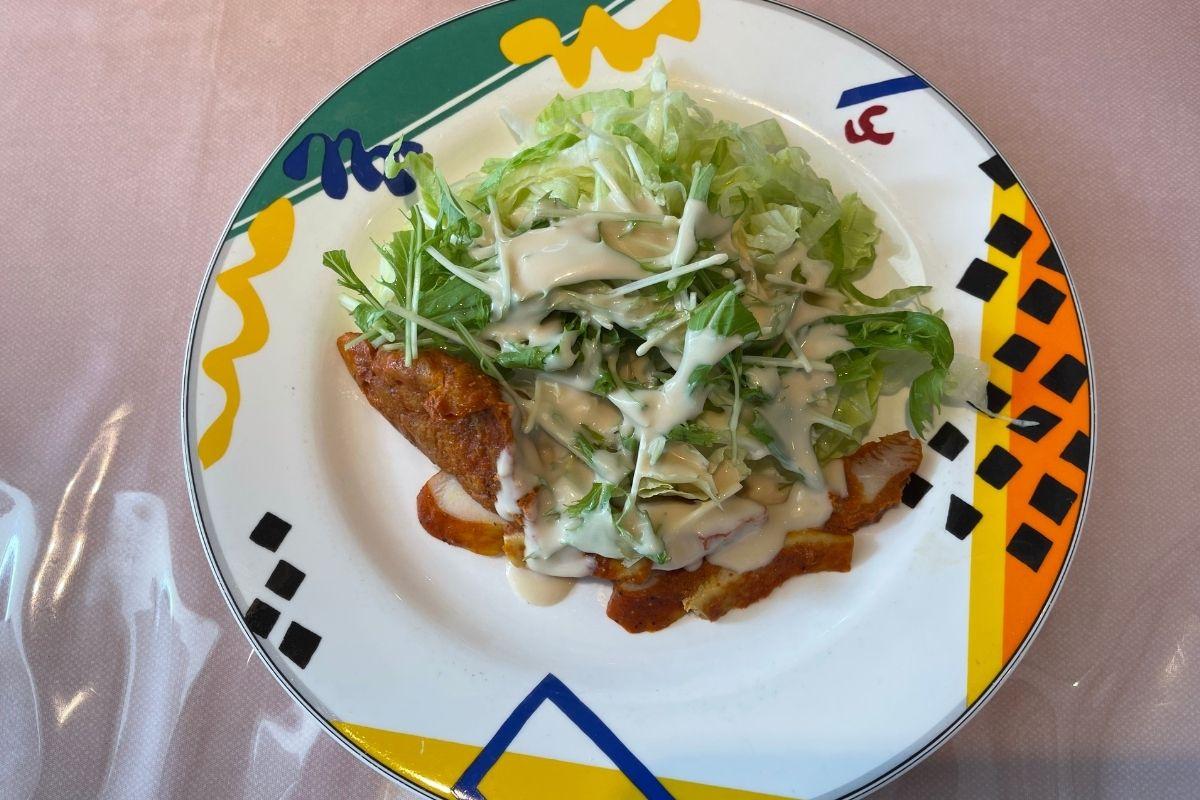 サンマルコ タンドリーチキンのサラダ(440円)