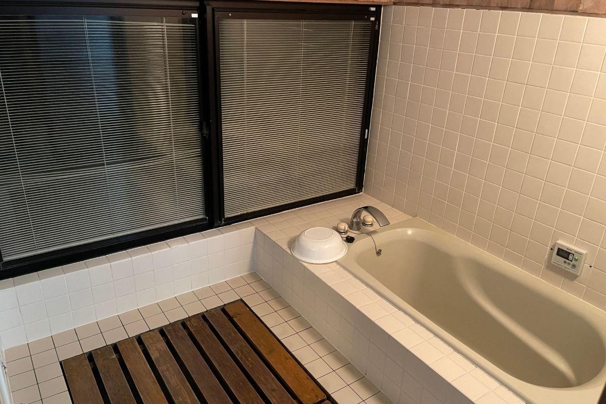 須佐湾エコロジーキャンプ場 風呂1