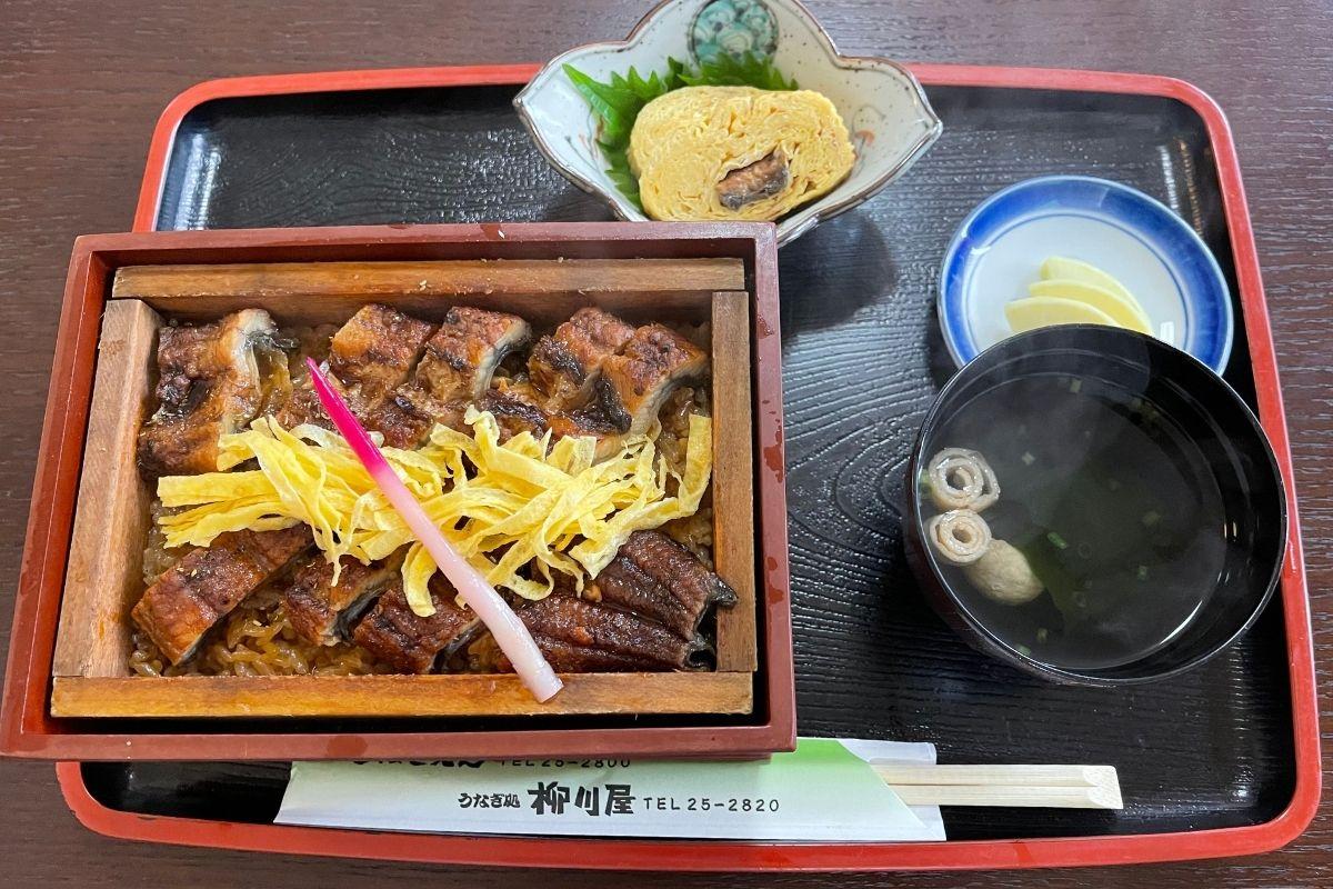 柳川屋 うなぎセイロ蒸し特(2,750円)